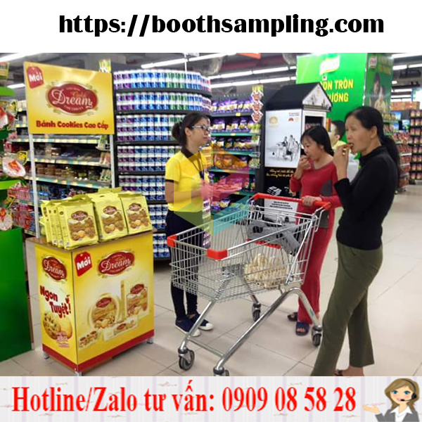 booth sampling ban hang luu dong gia re