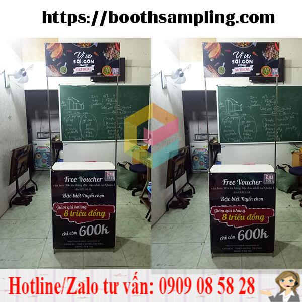 lam booth sampling quang cao