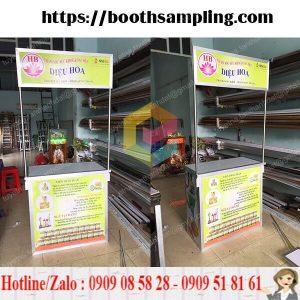 lam booth ban hang