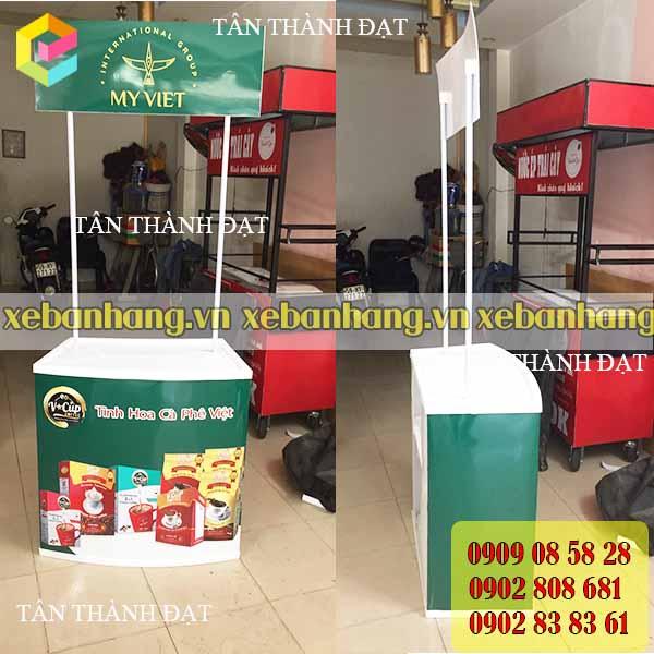 quay ban hang bang nhua