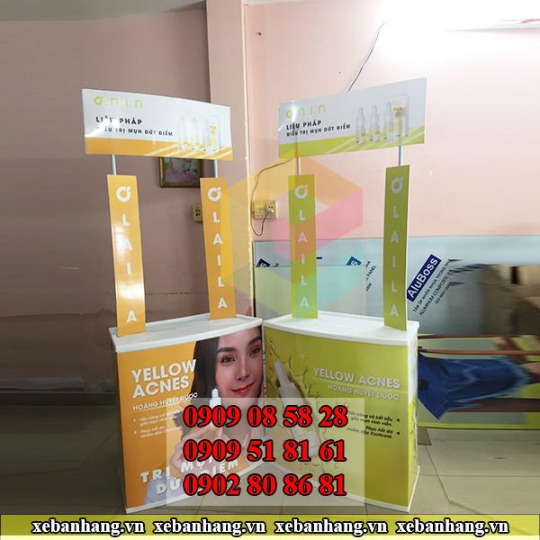 lam booth sampling quang cao my pham dep