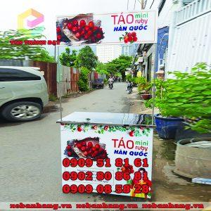 chuyen lam booth ban hang bang inox